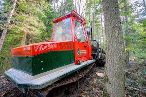 Swiss Tracked Forwarder FM4060